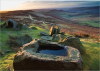 dawn-trough-stanage-millstones-1364GC